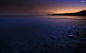 ocean-shore-at-night-576-2560x1600