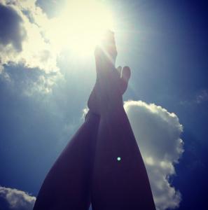feet to sky